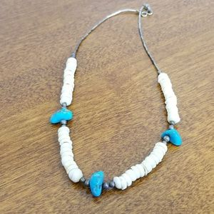 Jewelry - Turquoise and shell southwestern necklace, vintage